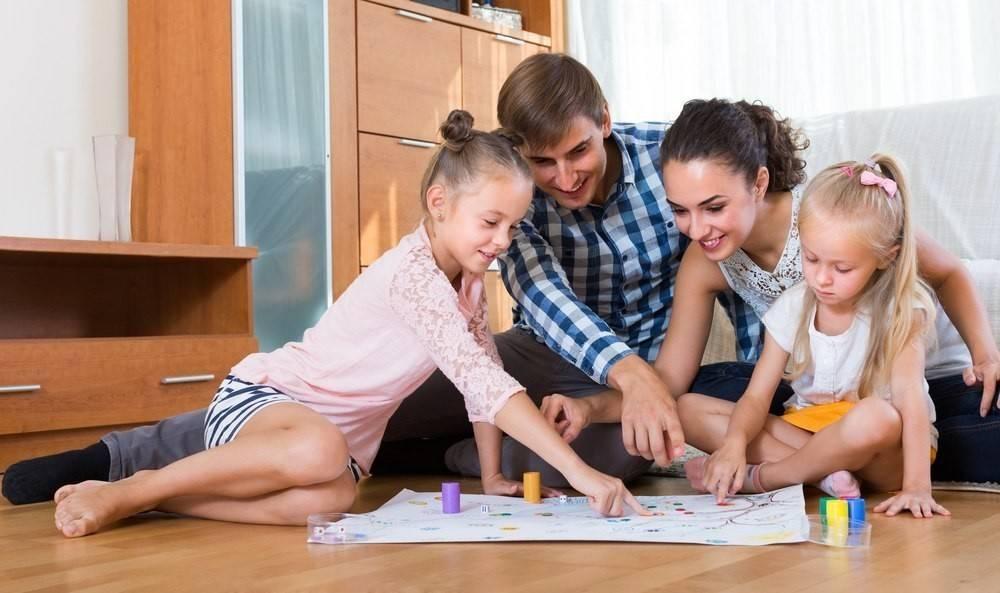Чем занять ребенка дома на каникулах или карантине