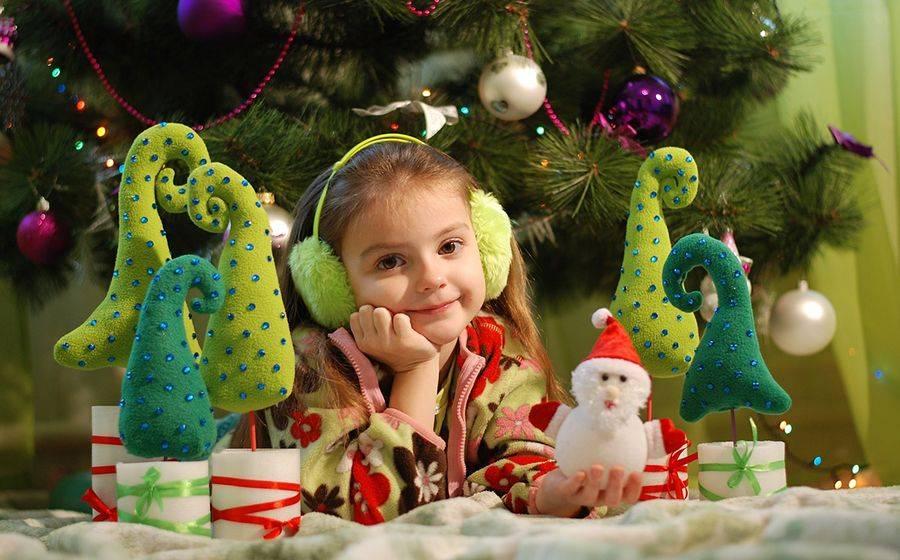 28 волшебных (и недорогих) новогодних идей, которые ваши дети запомнят на всю жизнь! | moneypapa