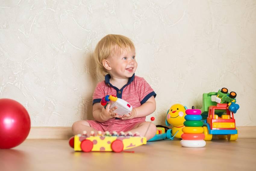 Что подарить ребенку на полгода?  99+ идей для лучшего подарка