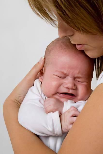 Плач новорожденного. как успокоить ребенка