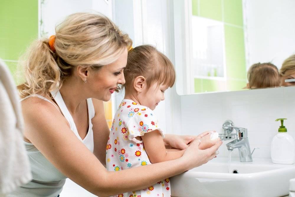 Как научить ребенка мыть руки...