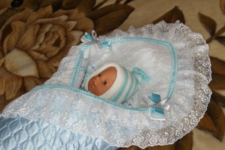 Как сшить уголок для новорожденного своими руками
