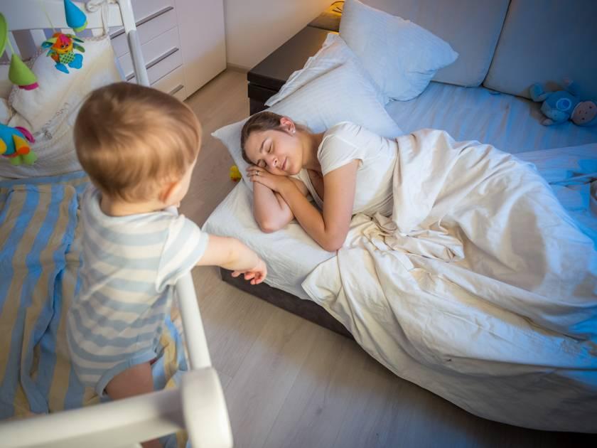 Любящие мамы: как уложить ребенка спать и почему у детей бывает плохой сон