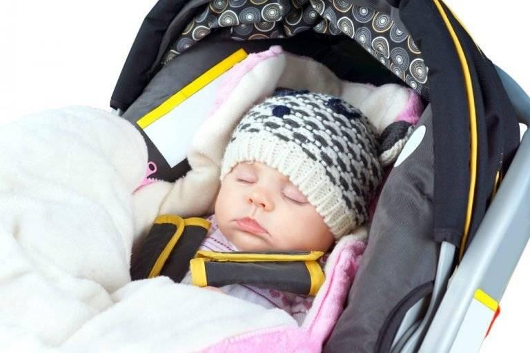 Первые прогулки с новорождённым: летом, весной и зимой