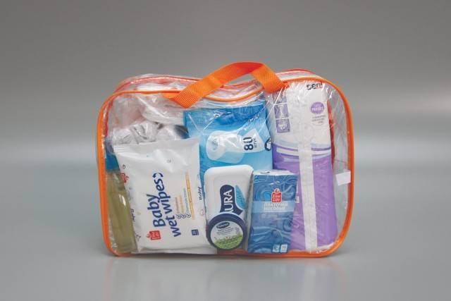Что можно брать с собой в роддом: какую сумку, вещи, пакеты, можно ли фен, еду