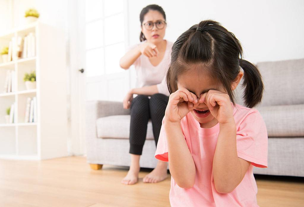 К чему приводят родительские манипуляции детьми