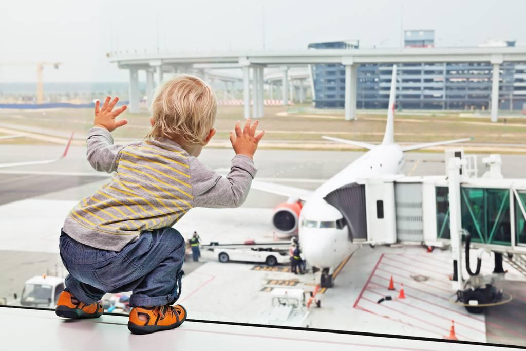 Чем занять ребенка в путешествии на автомобиле