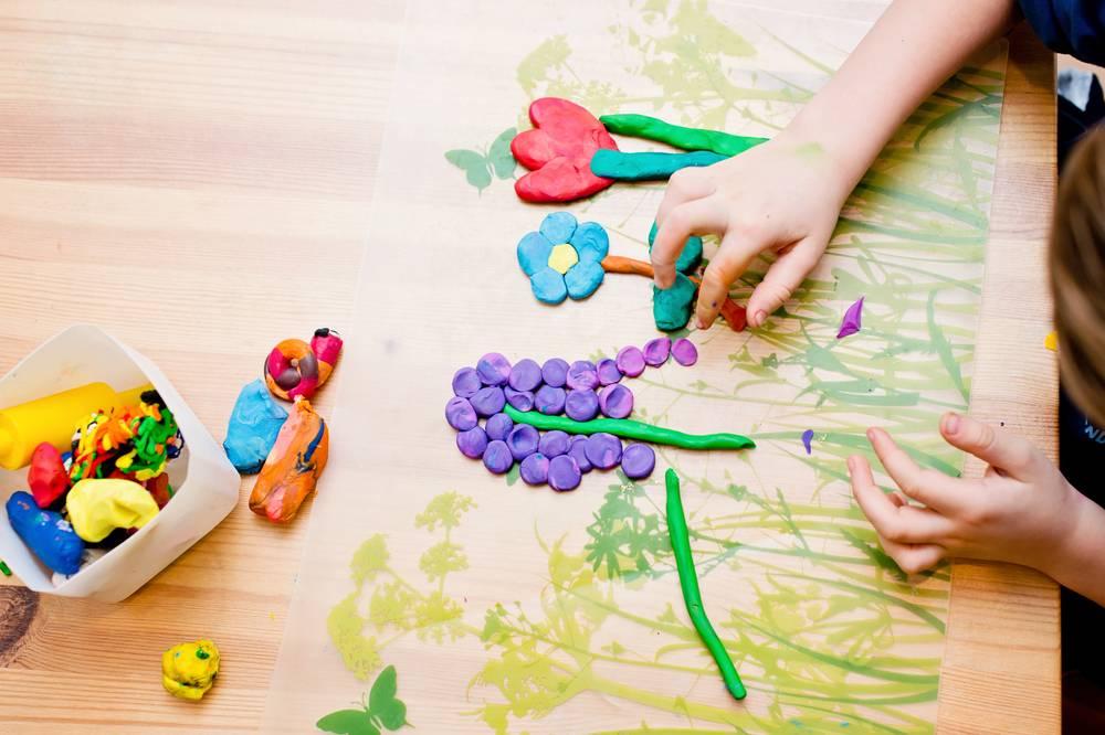 Игрушки, занятия и развивающие игры с ребенком 10 месяцев