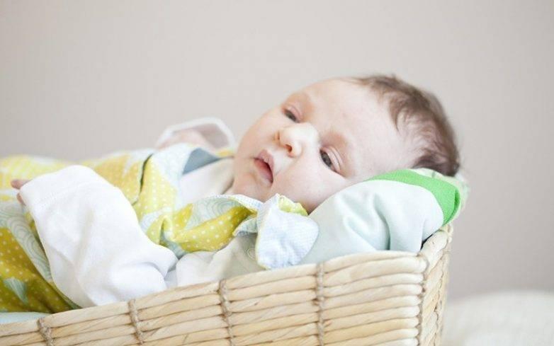 Уход за младенцем в средние века: как это было?