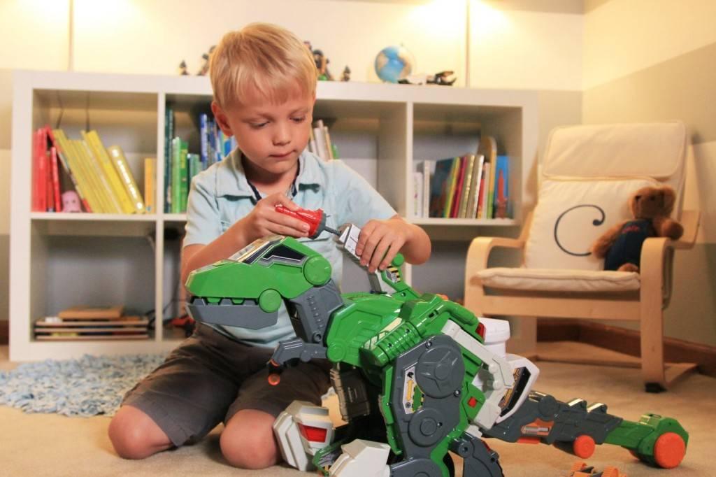 Что подарить мальчику на день рождения 7-9 лет