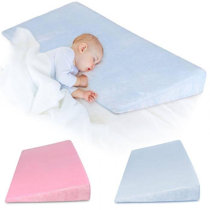 Детские подушки (74 фото): выбираем для сна детям от 1-3 лет и декоративные в кроватку, из латекса и гипоаллергенные, размеры