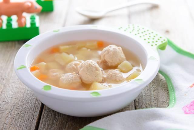 Рецепты супов для детей до года: 9 вариантов мясных, овощных и молочных супчиков при грудном вскармливании