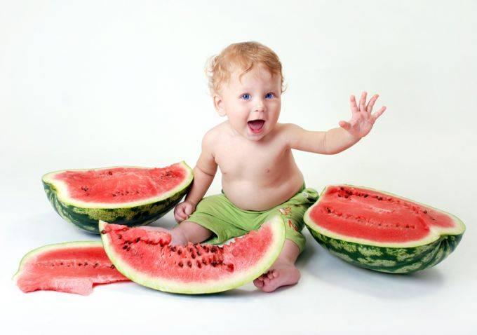 Арбуз и дыня при грудном вскармливании: можно ли есть кормящей маме, особенности употребления при лактации