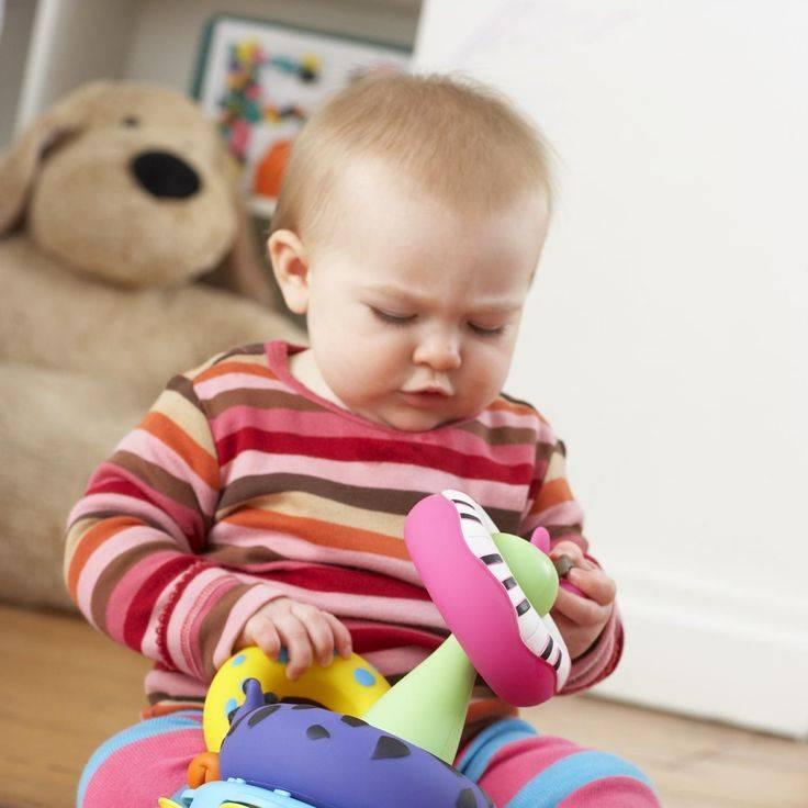 Ребёнок не делиться игрушками, что делать
