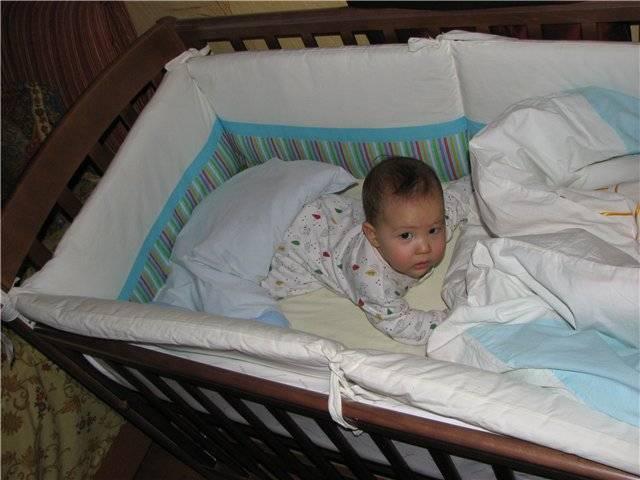 Как правильно выбрать подушку для новорожденного