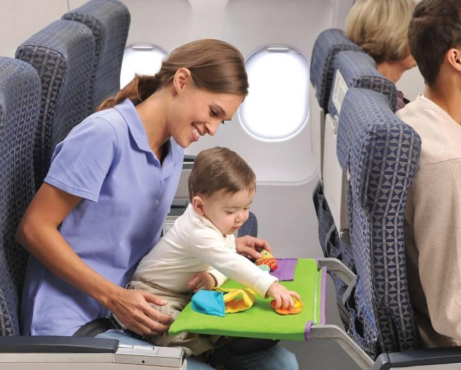 Сопровождение детей в самолете без родителей: обзор условий авиакомпаний россии