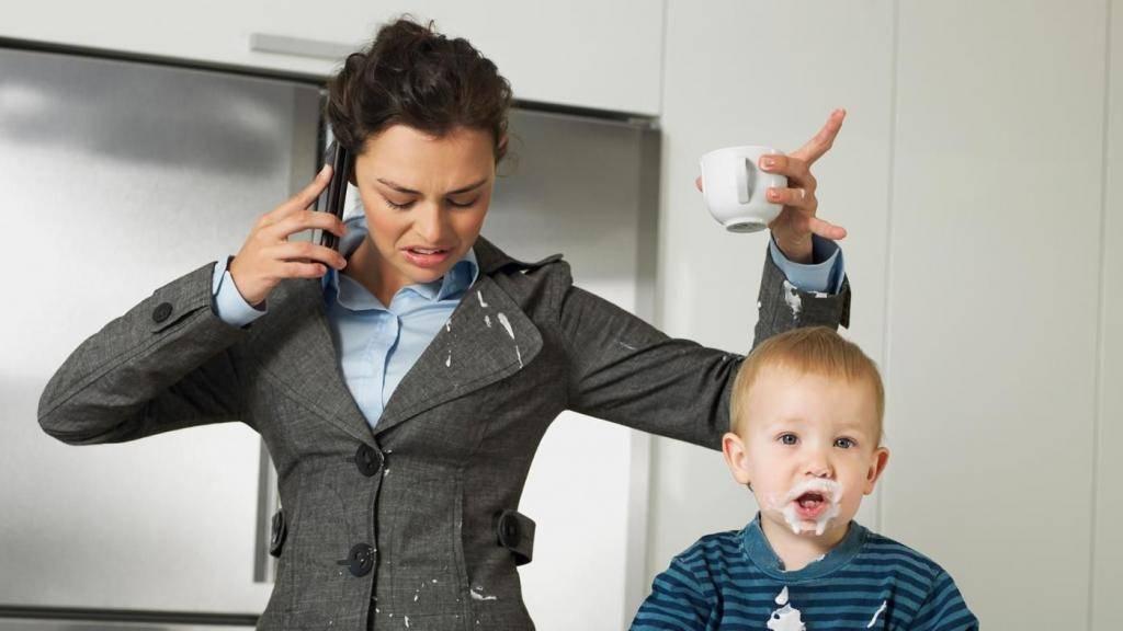 Работа на дому для многодетной мамы: какой вариант ваш? нужна ли карьера многодетной маме?