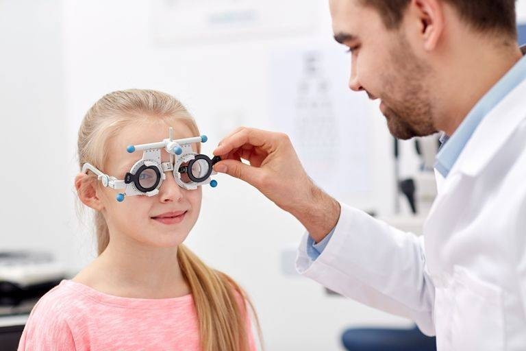 Детское косоглазие лечение или операция - консультация детского офтальмолога