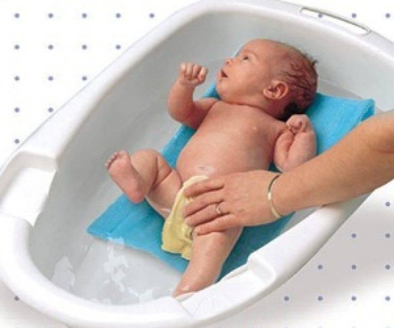 Температура воды и воздуха для купания новорожденного ребенка