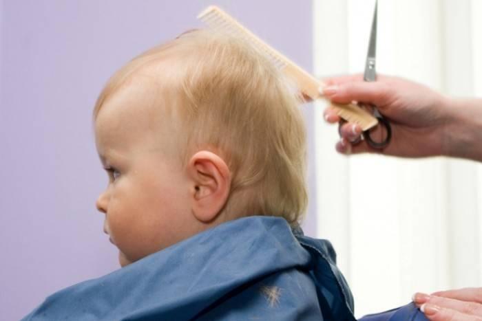 Как подстричь годовалого ребенка: 6 причин и 7 важных правил первой стрижки