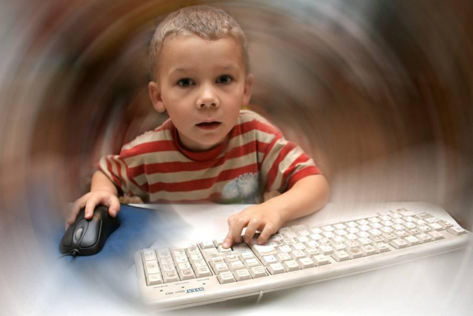 Стоит ли контролировать ребёнка в интернете? безопасность детей в интернете