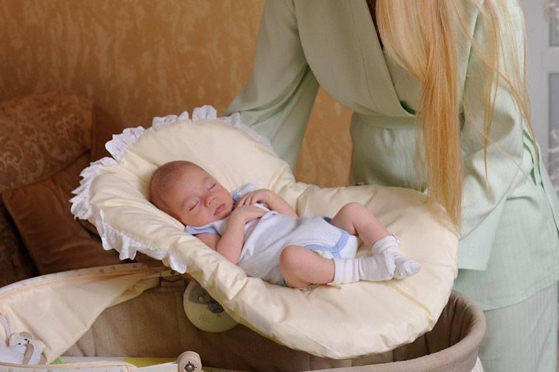 Можно ли укачивать ребенка перед сном и до какого возраста