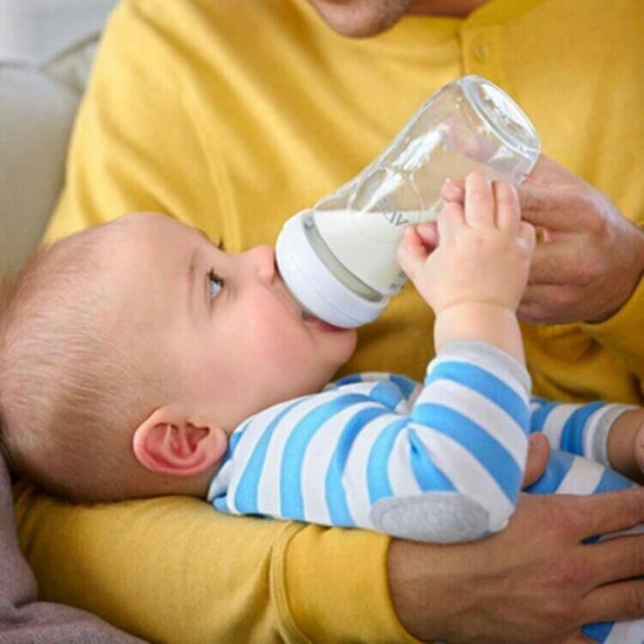 Как приучить ребенка к бутылочке - пошаговое руководство