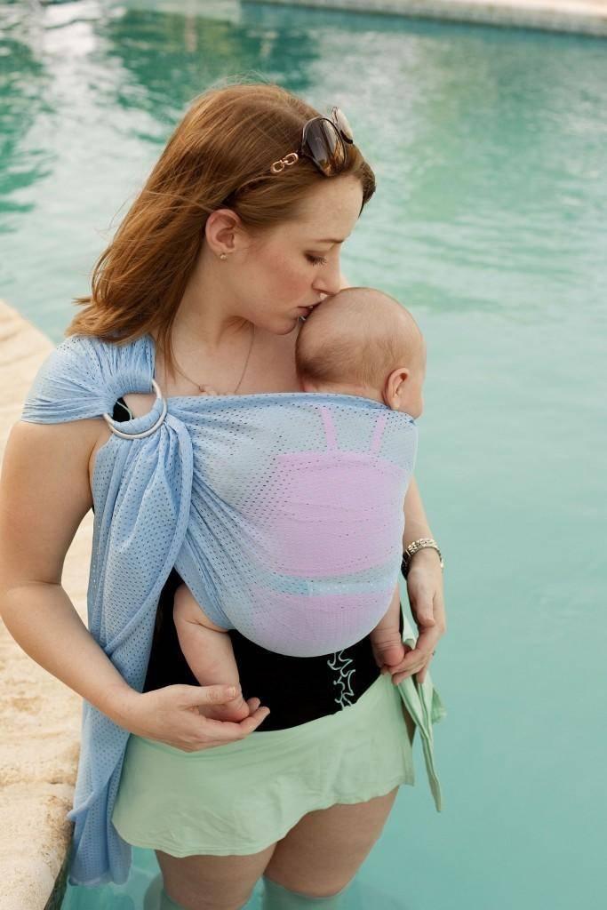 Слинг с кольцами: как правильно носить в нём ребёнка