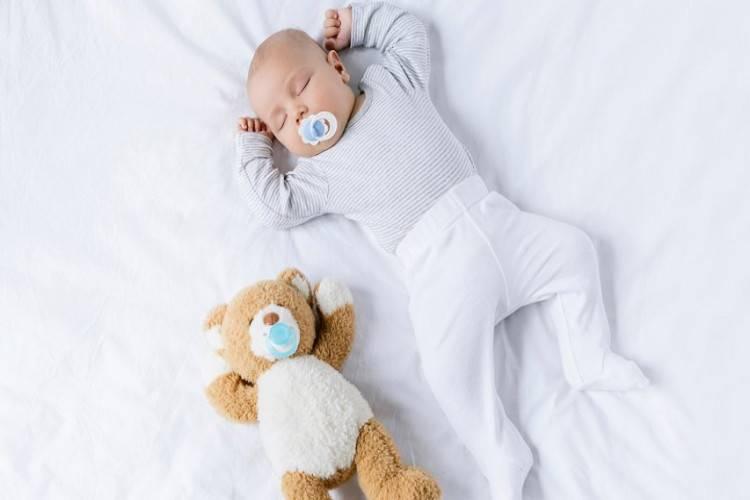 10 реальных способов сэкономить на товарах для новорожденного