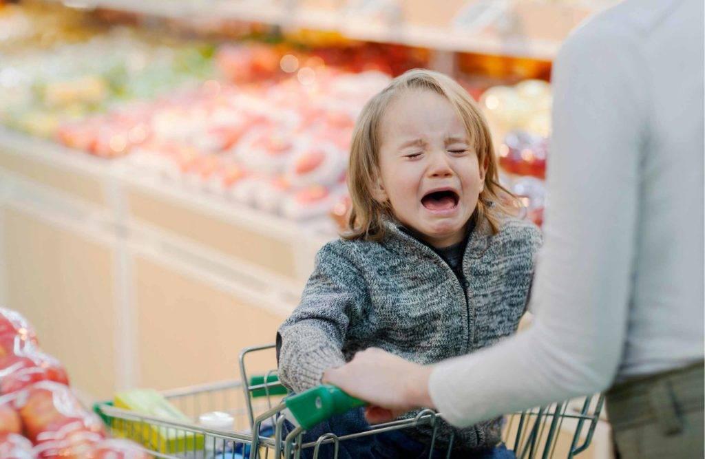 Что делать родителям если ребенок постоянно просит что то купить