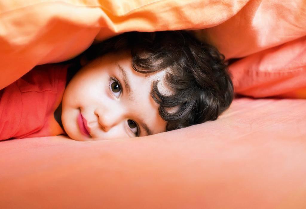 Как правильно будить ребёнка по утрам в садик