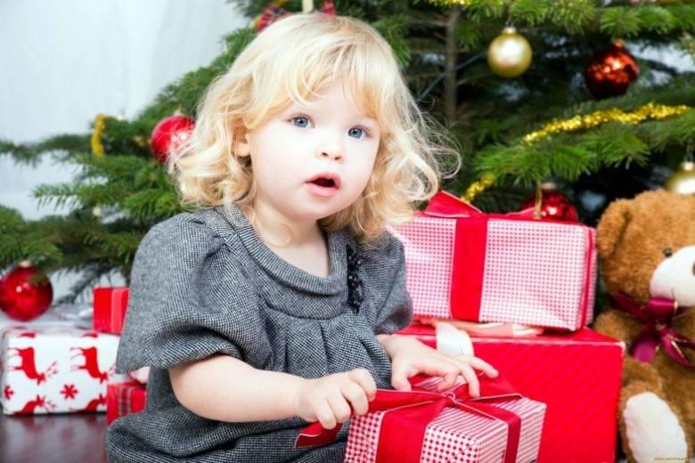 Что подарить мальчику на 1 годик - 60 идей для подарка!
