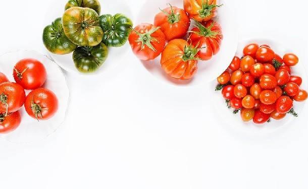 С какого возраста можно давать детям помидоры   мама супер!