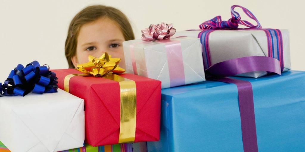 Топ 152 идеи что подарить детям на новый год +24 подарка и советы