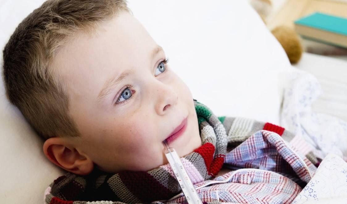 Чем лечить насморк у новорожденного ребенка? | onni