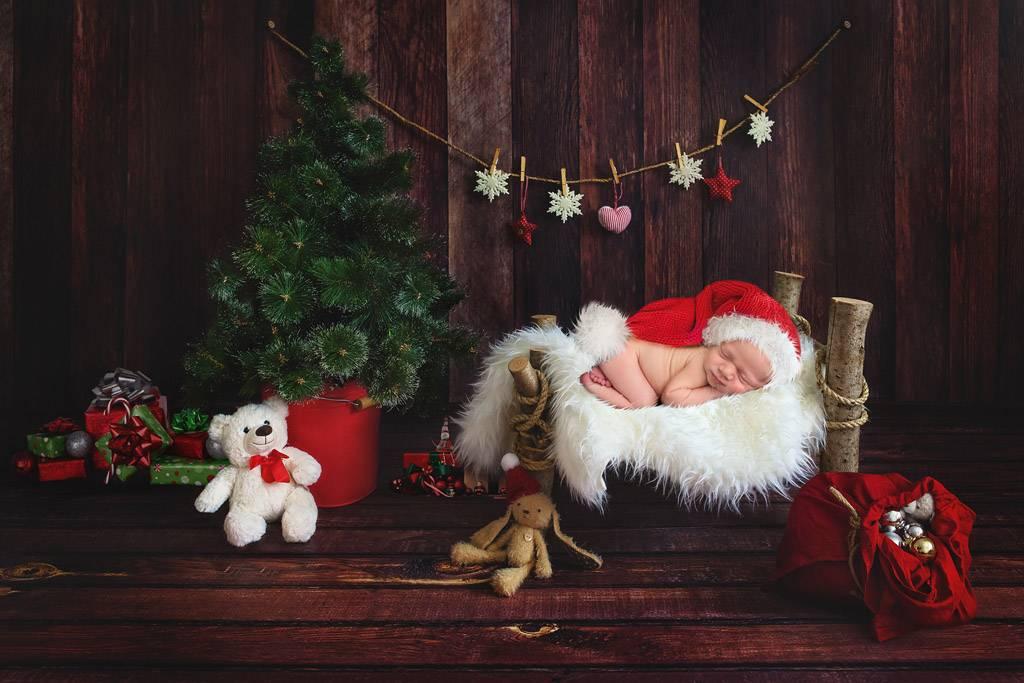 Новый год с новорожденным: 13 секретов идеального праздника