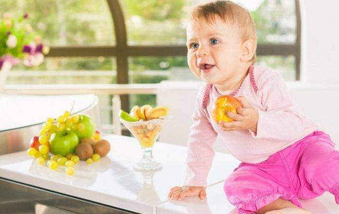 Как повысить иммунитет ребенка в 2 года – эффективные препараты и советы народной медицины