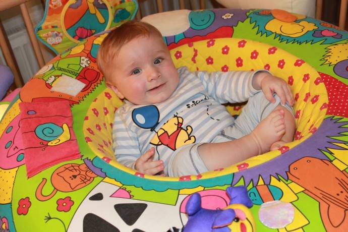 Как играть с ребенком в 6 месяцев