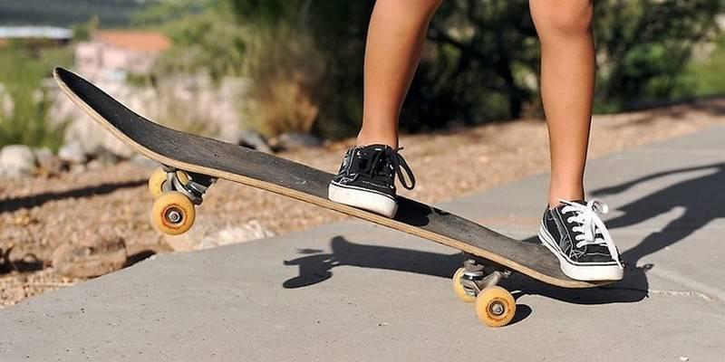 Скейтборд для начинающих: как выбрать скейт ребенку