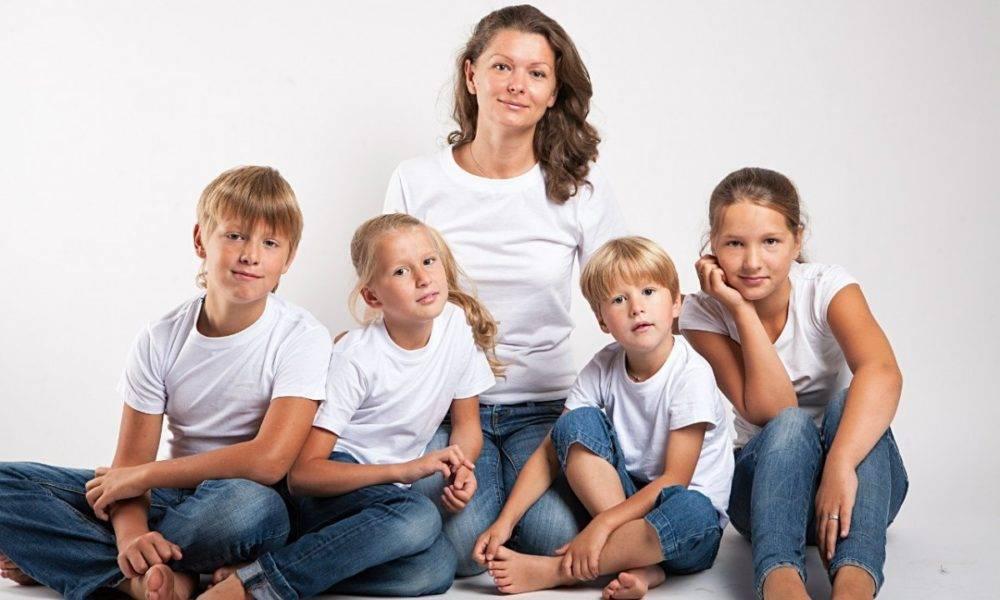 Почему многодетная семья – это печально, а не круто