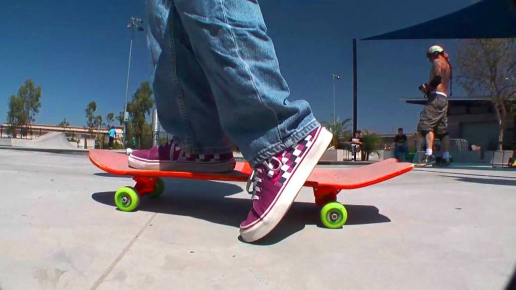 Как выбрать скейтборд для ребенка и как научиться кататься на скейте?
