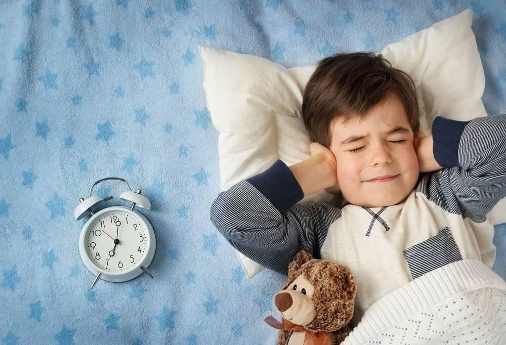 Не хочу вставать! как правильно будить ребенка. как правильно укладывать ребенка спать и будить его по утрам