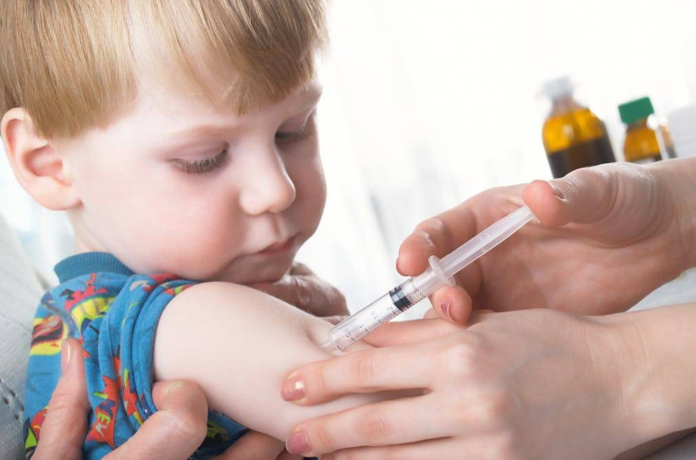 В детский сад без прививок — имеют ли право отказать в приеме ребенка в садик