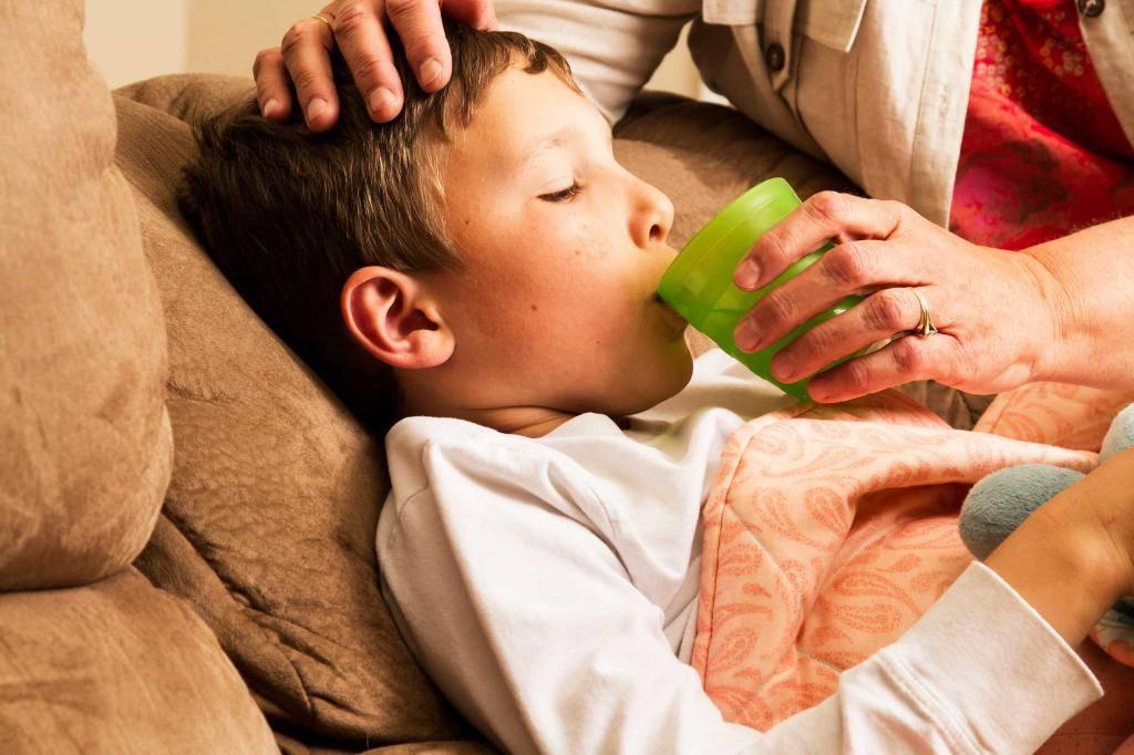Симптомы и причины кашля, лечение острого кашля. сухой и ночной кашель.