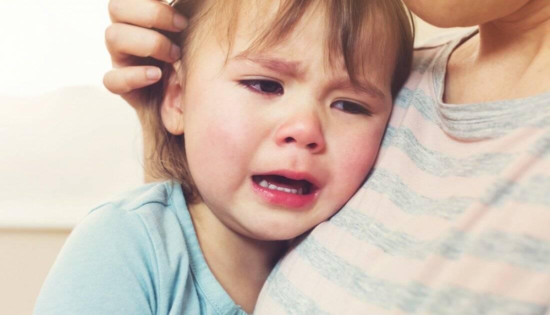 Ошибки, которые допускают многие родители, когда ребенок плачет
