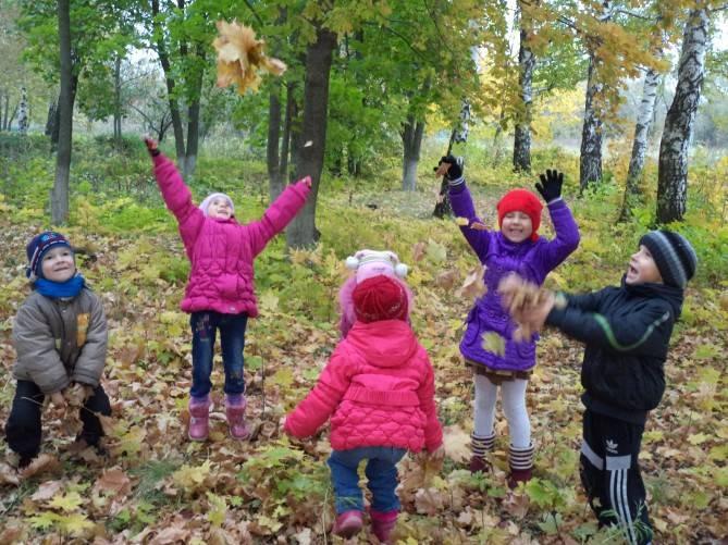 Игры с детьми на свежем воздухе: 10 оригинальных идей