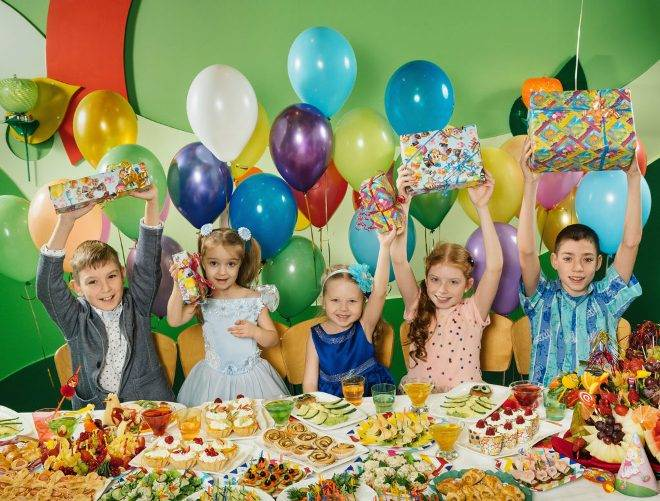 День рождения ребенка 10 лет: как отметить красиво детский праздник