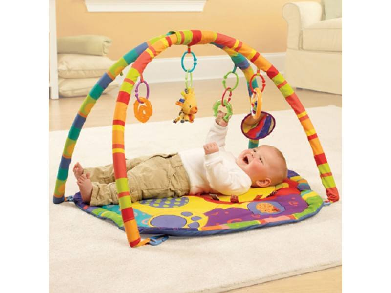 С какого возраста можно использовать развивающий коврик