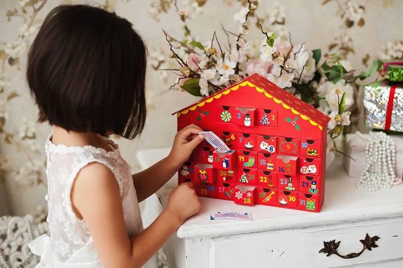 Что подарить на новый 2021 год ребенку: актуальные идеи | мир подарков