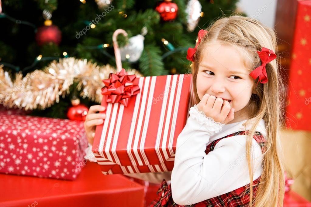 Что подарить ребенку на новый год 2018 - 24 идеи подарка девочке и мальчику